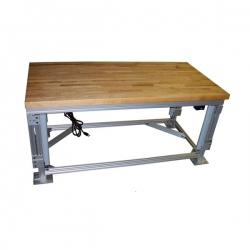 workbench-with-lift